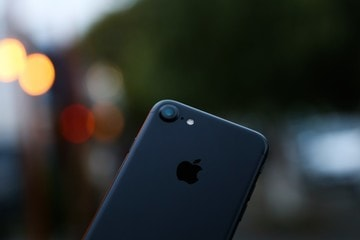 Apple to Cut Production by 10 Percent Thanks to Slow iPhone 7 Sales