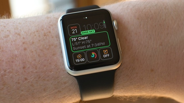 7 Awesome Apple Watch Complications You Should Try